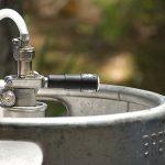 Jak vychladit sud piva, když nemáte pípu s chlazením