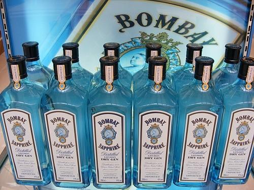 Gin - Bombay Sapphire - jeden z nejkvalitnějších dry ginů