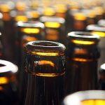 Historie pivních lahví – od počátků až po v Česku nejpoužívanější obal na pivo