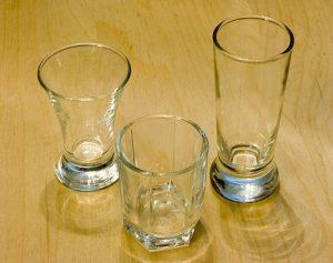 Z čeho pít alkohol?