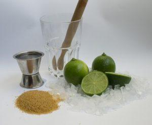 Příprava koktejlu Caipirinha