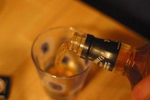 Sklenka bourbonu