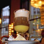 Připravte si lahodnou alžírskou kávu jako z kavárny