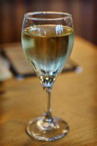 Sklenka Chardonnay