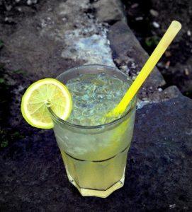 Hotový koktejl Gin Fizz