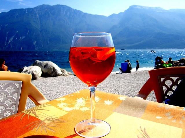 Letní drink Aperol Spritz