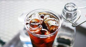 Led v drinku