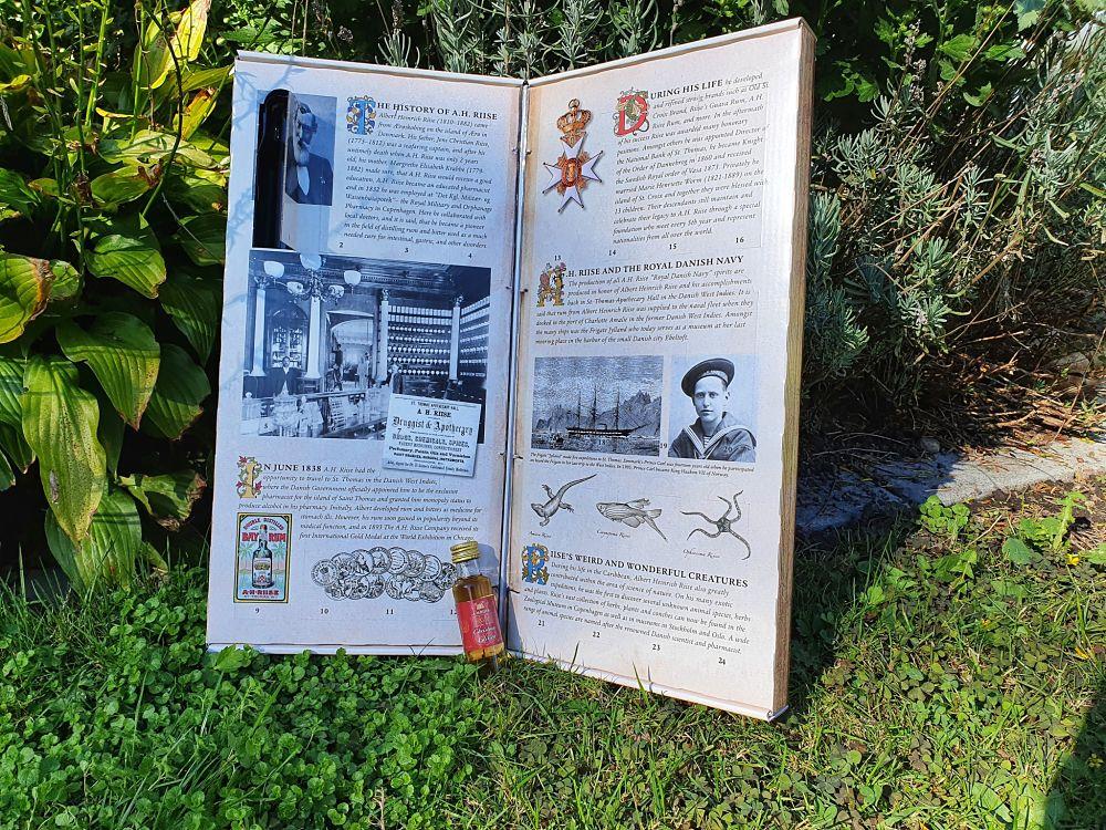 A.H.Riise rumový kalendář 24×0,02l